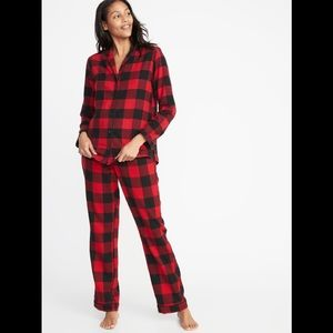 Old Navy- Red Patterned Flannel Pajama Set